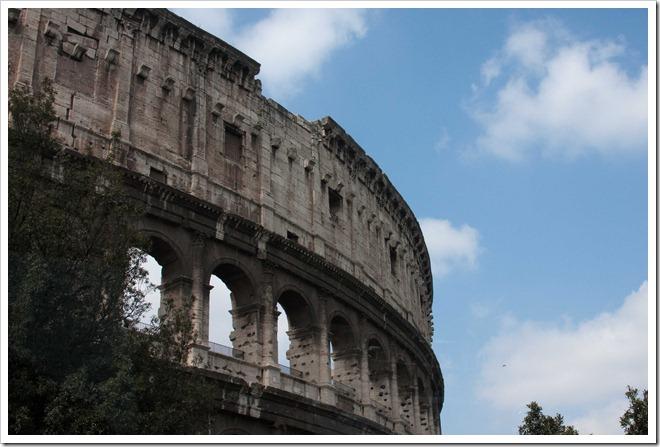 2009 04 07 Rome Colosseum