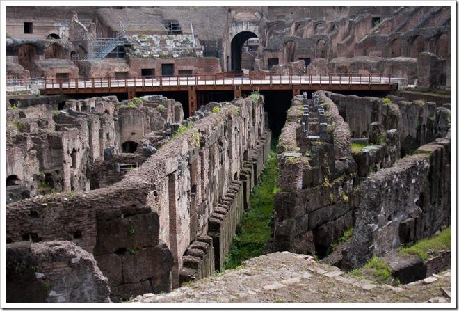 2009 04 08 Rome Colosseum-25