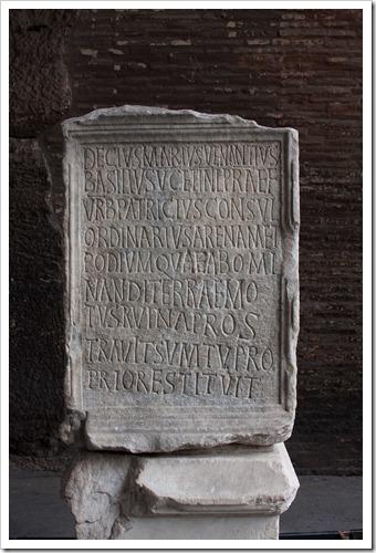 2009 04 08 Rome Colosseum-58