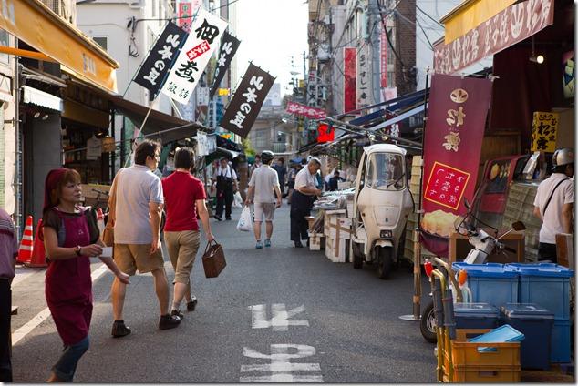 2012 07 29 Tsukiji Fish Market_-54
