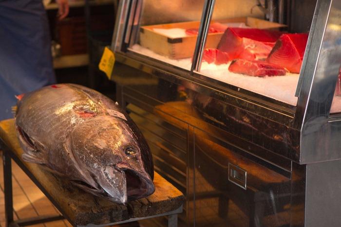 2012 07 29 Tsukiji Fish Market_-49