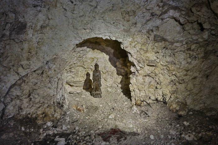 2013 07 31 Peleliu 1000 man cave-16
