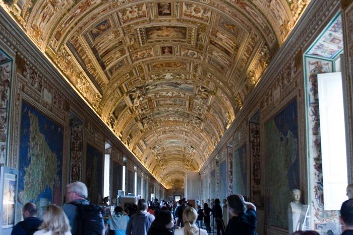 2009 04 Vatican Gallery of Maps_