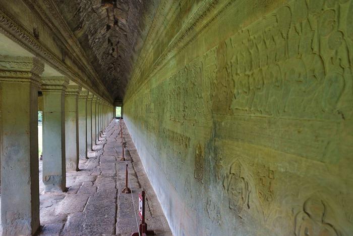 2013 11 24 Angkor Wat_-77-2