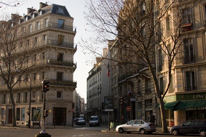 2008 Dec 28 Our first walk in Paris_