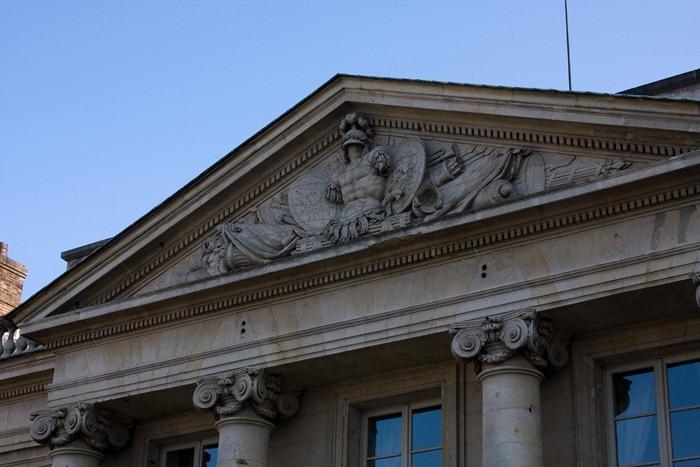 2008 Dec 28 Paris Armoury-4