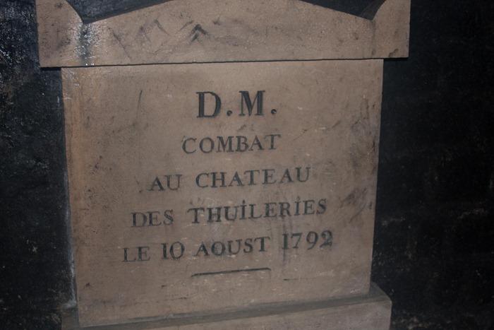 2008 Dec 28 Paris Catacombs_-18