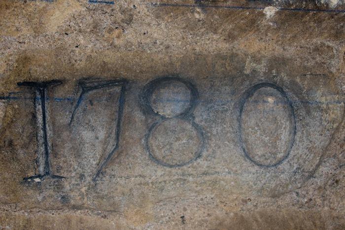 2008 Dec 28 Paris Catacombs_-7