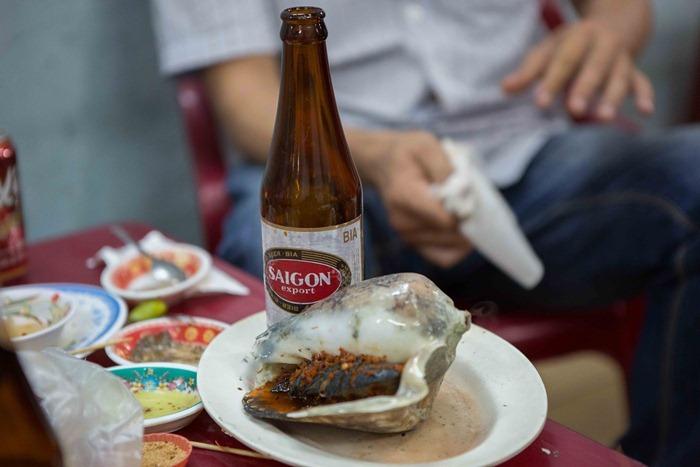HO CHI MINH SEAFOOD: SAIGON STREET EATS