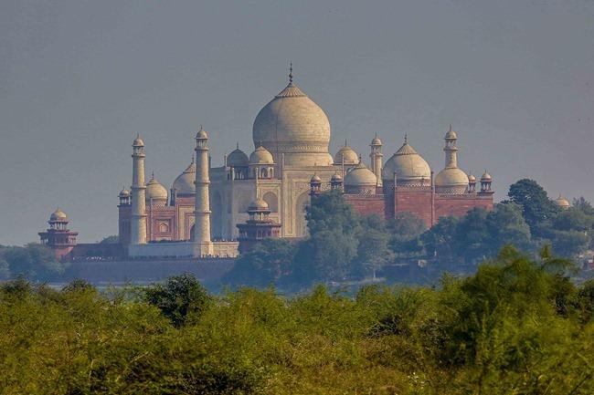 2013 12 25 Taj Mahal_-2