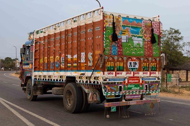 2013 12 27 Agra to Jaipur_-52