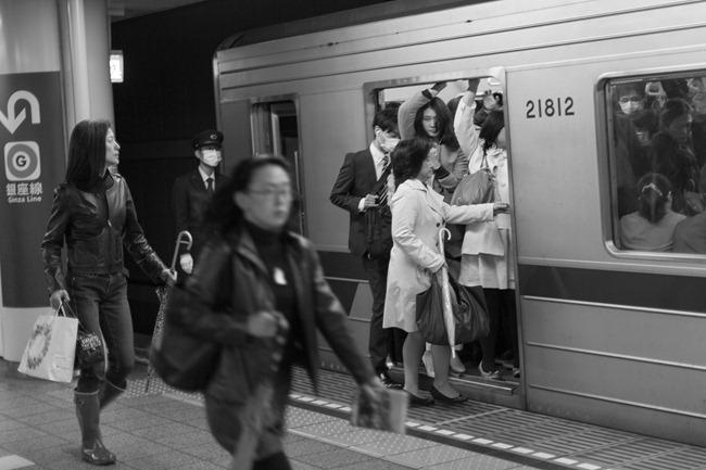 2014 04 21 Tokyo subway_-28