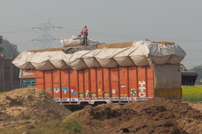 2013 12 30 drive to Delhi-18