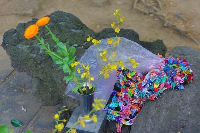 2014 04 20 Shrine sale_-22
