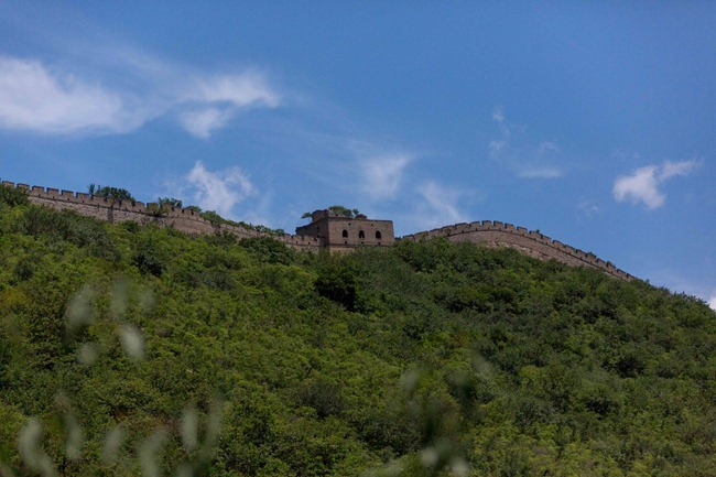 2014 06 18 Hiking up to great wall_-51